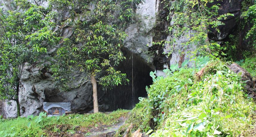 Rock-shelter in Sri Lanka