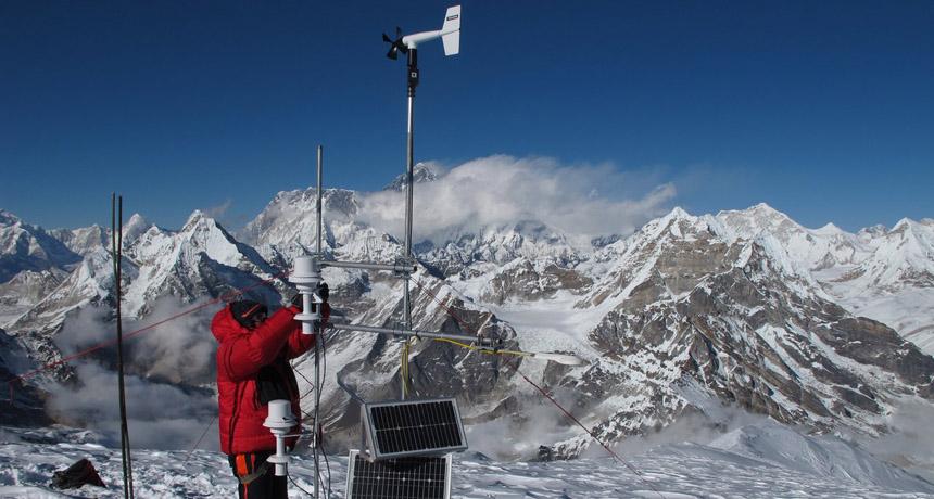 Glaciers around Mount Everest