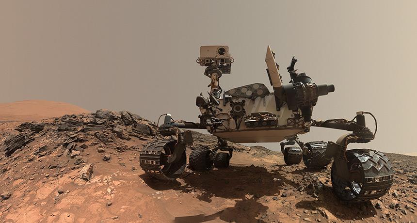 Curiosity selfie on lower Mount Sharp