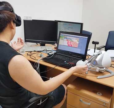 Virtual Therapy Expanding Mental Health >> Virtual Reality Therapy Has Real Life Benefits For Some