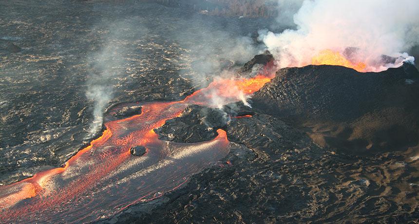 Kilauea lava fissures
