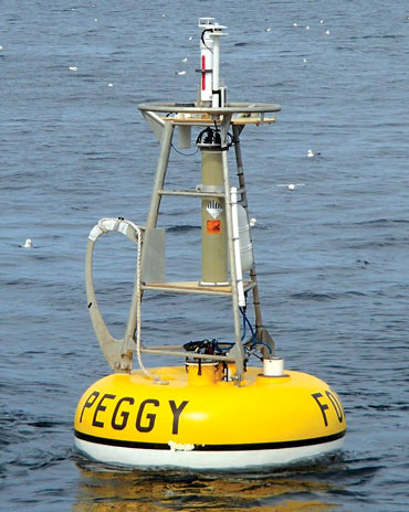 Peggy, a mooring that monitors water conditions