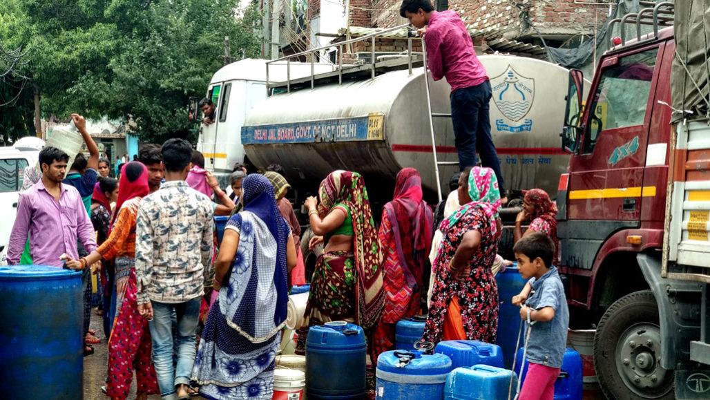 New Delhi water line