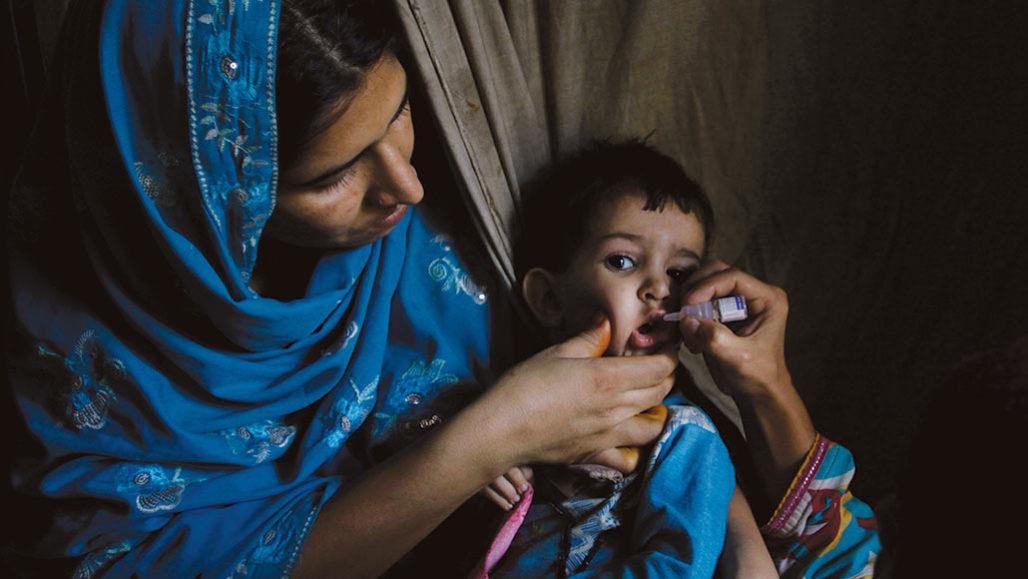 administering a polio vaccine