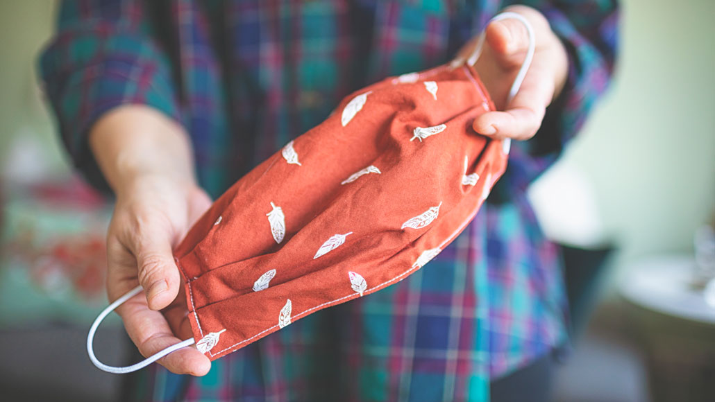 Can fabric masks stem the coronavirus' spread? | Science News