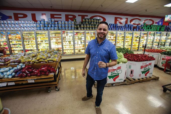 Willer Vélez in supermarket