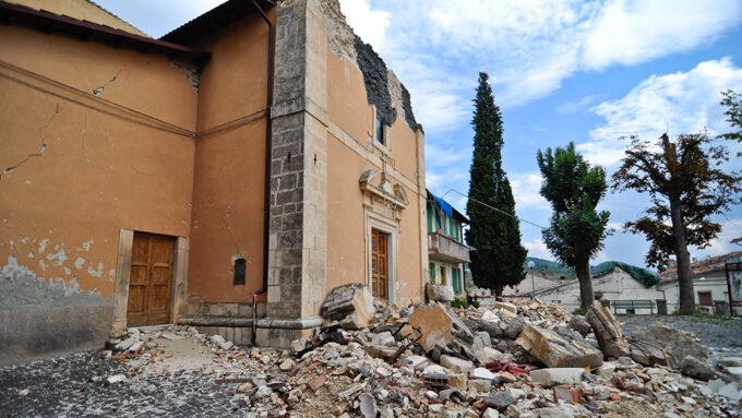 earthquake damage in L'Aquila, Italy