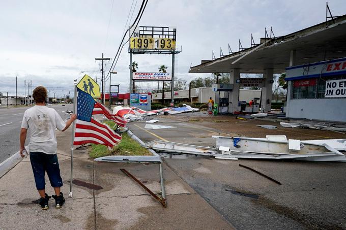 hurricane debris in Lake Charles, Louisiana