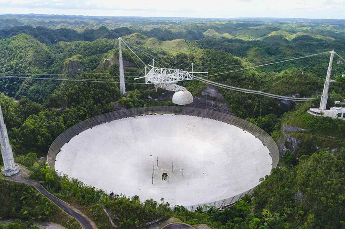 Arecibo Observatory before collapse