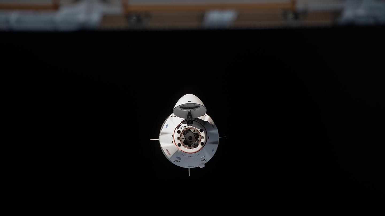 SpaceX Crew Dragon ISS'ye yaklaşıyor