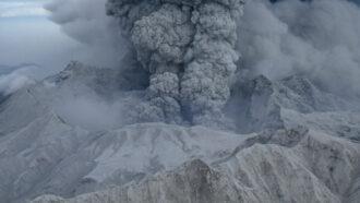 Mount Pinatubo erupting