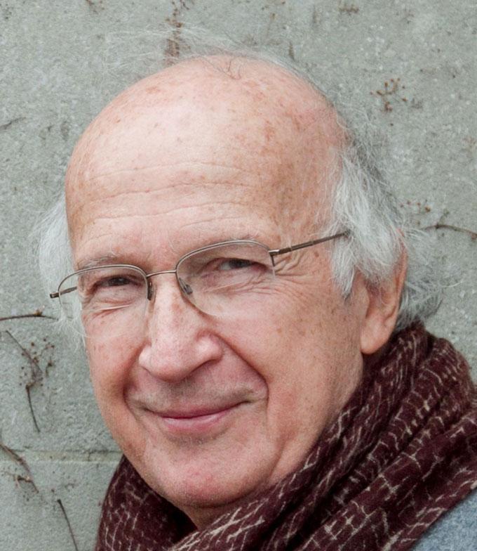 a headshot of Roald Hoffmann