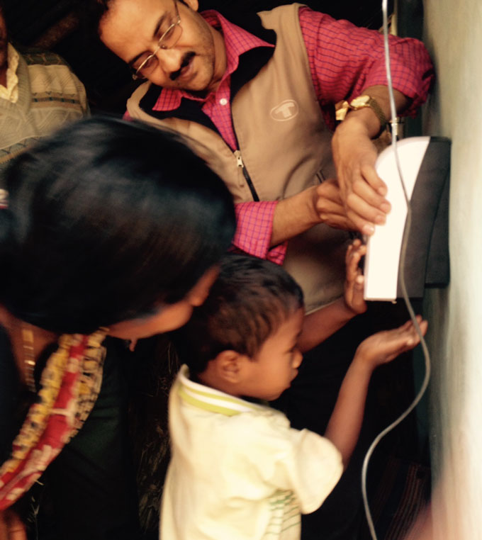 Small bribes may help people build healthy handwashing habits