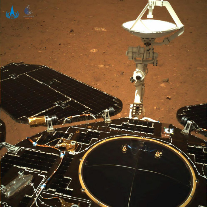 image of the rover's solar panels and antenna