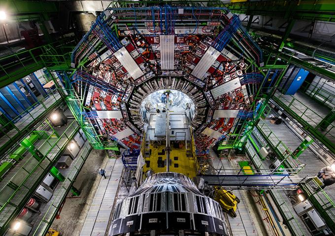 immagine di un rivelatore dall'esperimento CMS