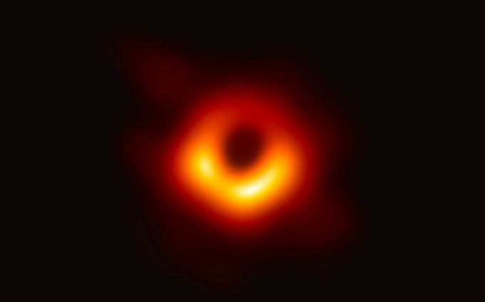 image of a black hole in the center of the galaxy M87